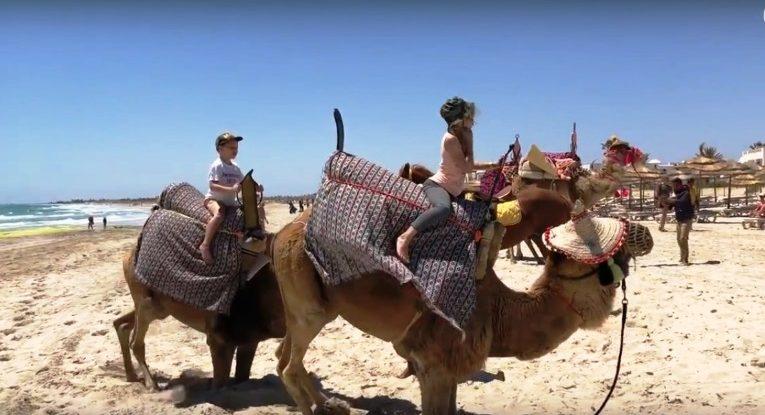 Путешествие в Тунис. Юные влогеры | VDT