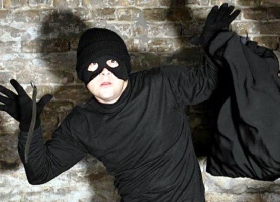У меня украли квартиру!