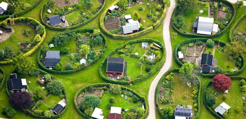 Поселок с овальными участками в Дании