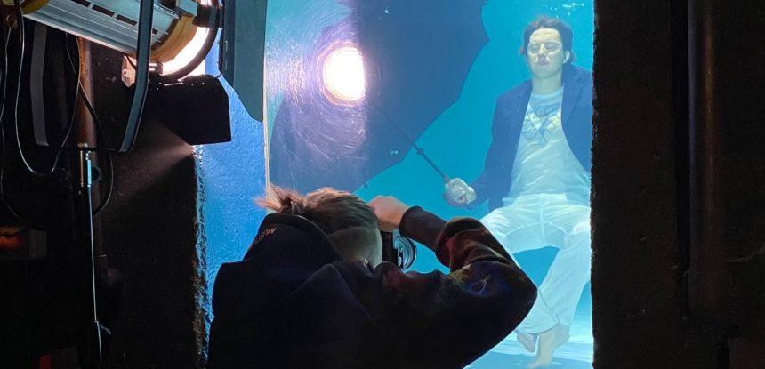 Фотосессия под водой. Это жесть, друзья!