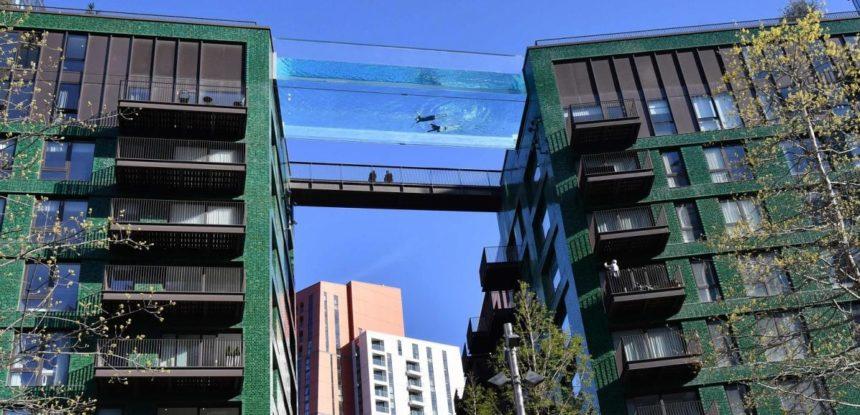 """Уникальный """"парящий"""" бассейн в Лондоне"""